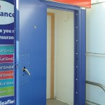 Steel door with mutil locking points